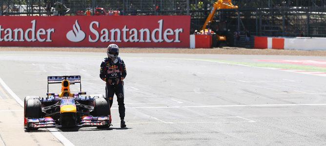 Sebastian Vettel abandona en el GP de Gran Bretaña 2013, en Silverstone