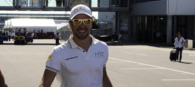 Dani Clos llega a Suzuka durante el Gran Premio de Japón 2012