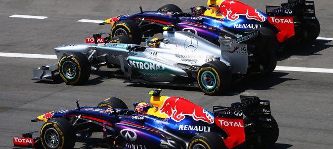 Vettel y Webber adelantan a Hamilton en Alemania