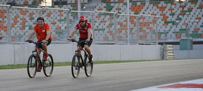 Fernando Alonso salva el equipo ciclista Euskaltel