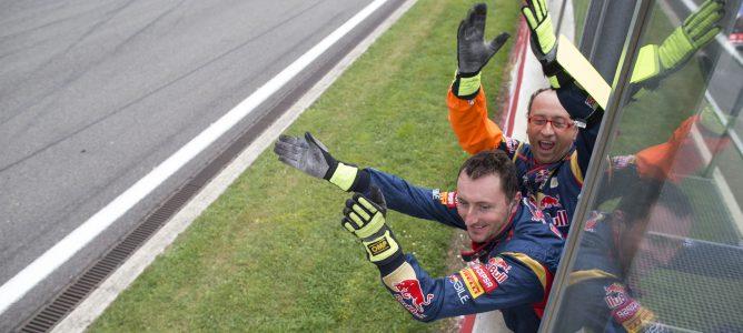 """Helmut Marko señala que el contrato de Ricciardo """"es de tres años"""""""