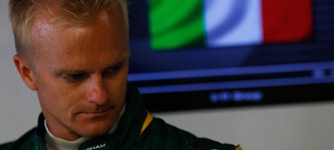 """Fernandes: """"Kovalainen tiene grandes posibilidades de volver a ser piloto titular"""""""