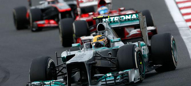 """Lewis Hamilton: """"Alonso es el piloto más fuerte con el que me he medido"""""""
