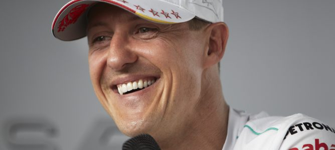 Oficial: Michael Schumacher sale del coma y comienza su largo proceso de rehabilitación