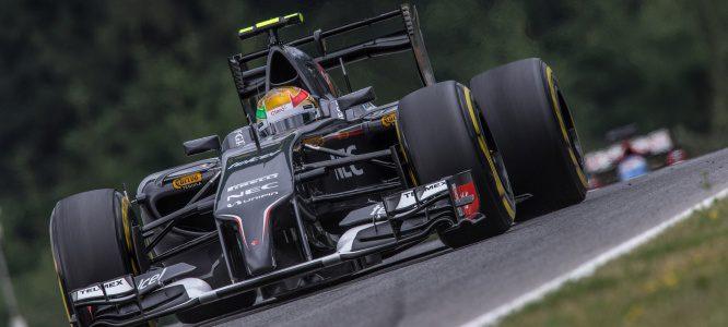 Esteban Gutiérrez perderá 10 posiciones en el GP de Gran Bretaña