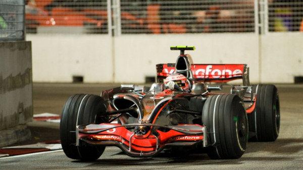 Kovalainen usa su comodín y cambia de motor sin penalización