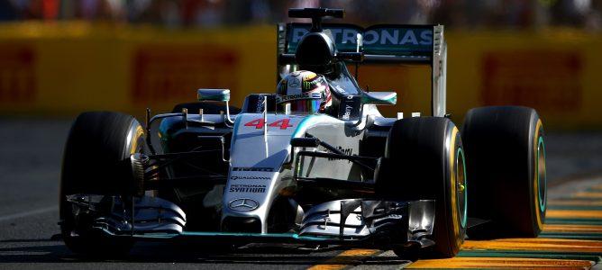 Lewis Hamilton sale victorioso de la escabechina del GP de Australia 2015