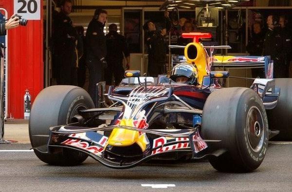 Vettel vuelve a ser el más rápido