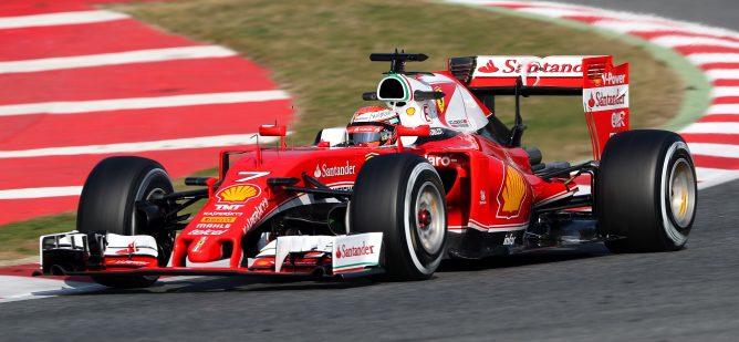 """Kimi Räikkönen tras liderar el día: """"Hay un buen potencial pero aún se puede mejorar"""""""