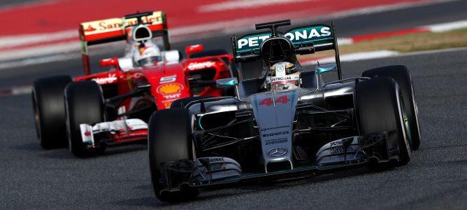 "Ecclestone: ""Si Ferrari no lucha por el Mundial, tendremos a Mercedes dominando"""
