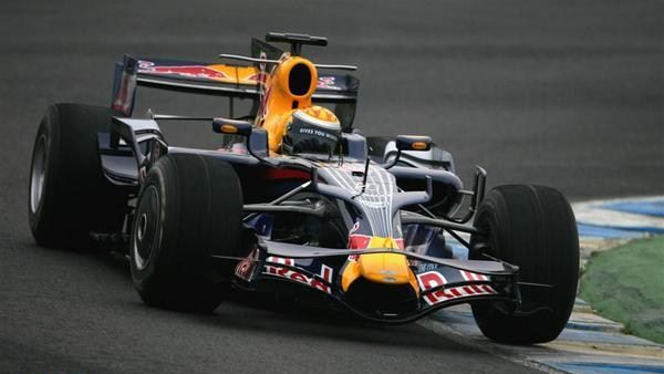 Vettel bate a Buemi y se hace con el mejor tiempo del año en Jerez