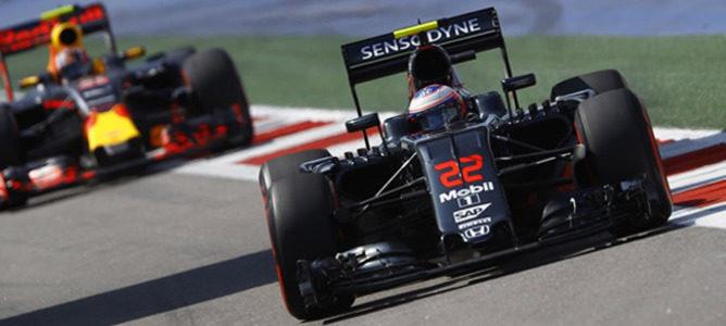 """Button, sobre el GP de Singapur: """"Es exigente e incluso el mejor motor puede sufrir"""""""