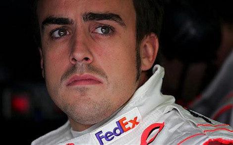 Alonso confía en la más que probable lluvia para salvar la carrera