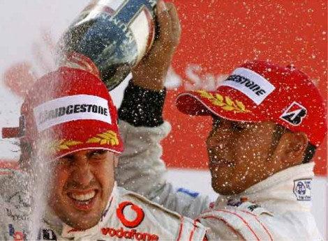Alonso recorta 2 puntos con Hamilton, Raikkonen adelanta a Massa
