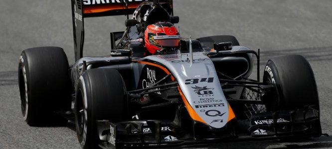 """Esteban Ocon: """"El objetivo para 2017 con Force India es acabar entre los tres primeros"""""""