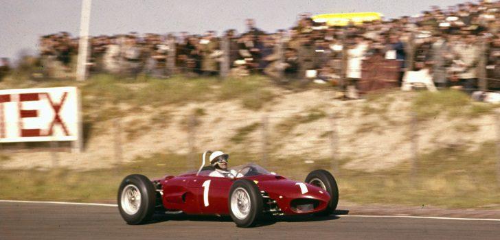 Phil Hill durante el Gran Premio Países Bajos 1962