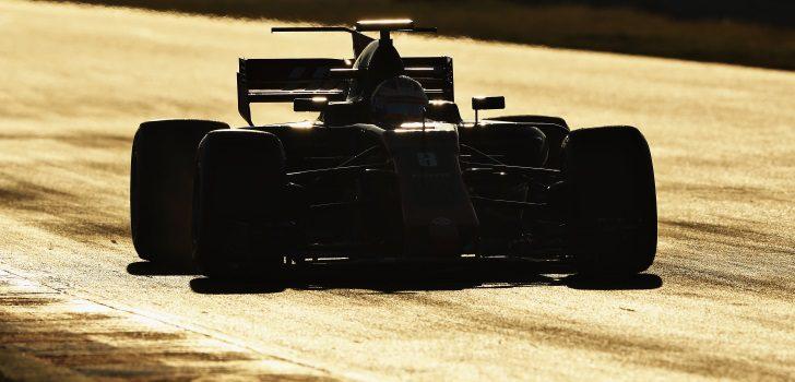 Romain Grosjean rueda en Montmeló