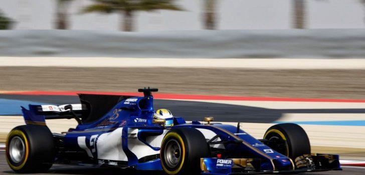 Marcus Ericsson durante los test celebrados después del GP Baréin 2017