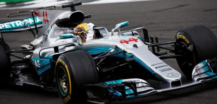 Lewis Hamilton en UK
