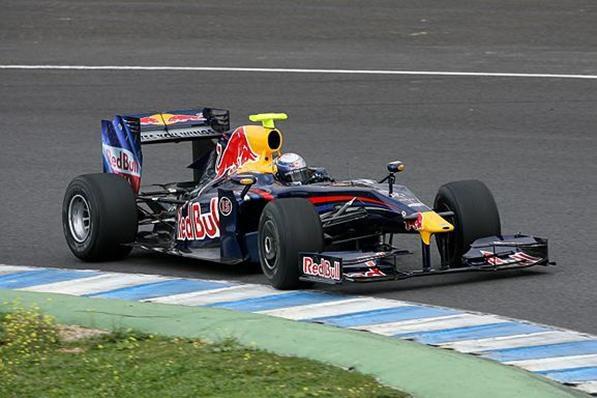 Corta sesión para Vettel y el RB5