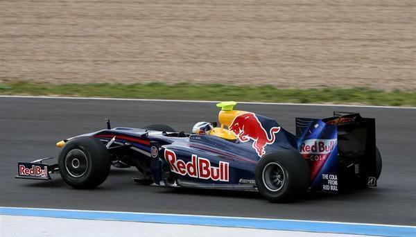 """Vettel: """"No estamos contentos con las superlicencias"""""""