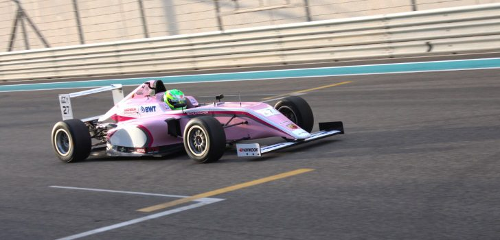 David Schumacher girando en Abu Dhabi