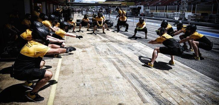 Los ingenieros de Renault bromean