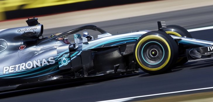 Hamilton carrera GP UK