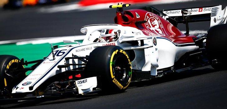 Leclerc rueda en Silverstone