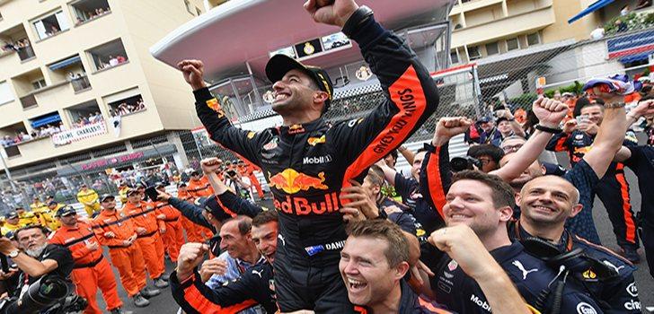Ricciardo celebra su, de momento, última victoria con el equipo