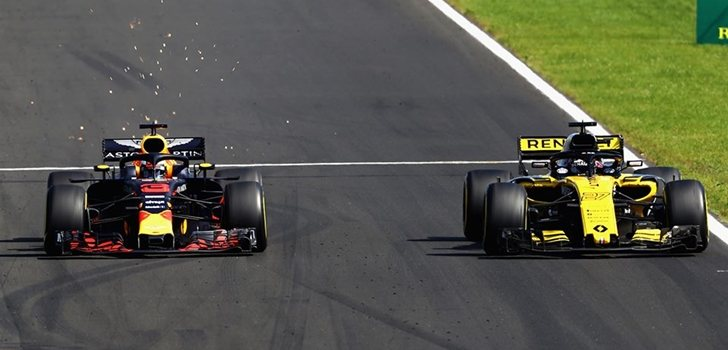 Ricciardo y Hülkenberg luchan en la pista