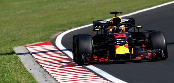 Ricciardo rueda en Hungría