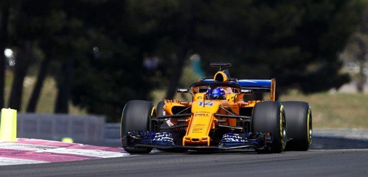 Alonso rueda en el MCL33