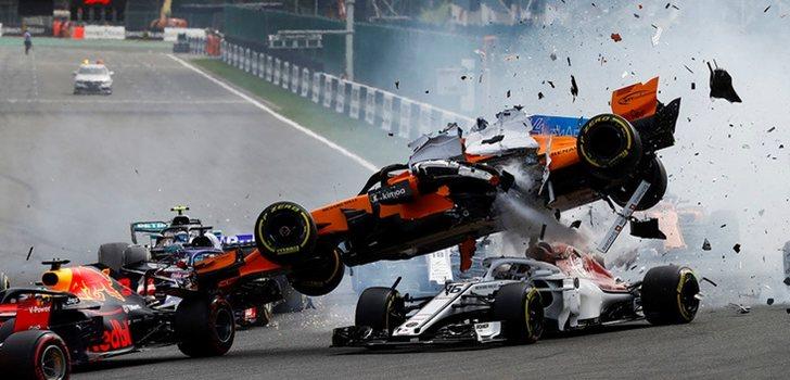 Alonso sobrevuela a Leclerc en Spa