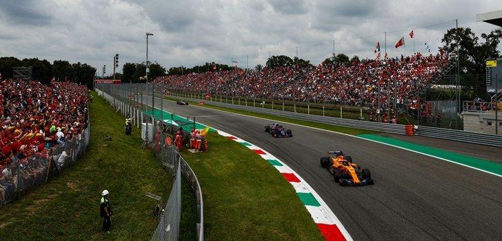 Alonso rueda en Monza
