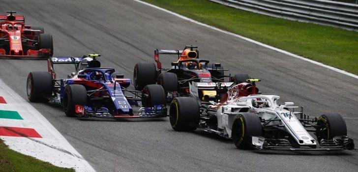 Charles Leclerc rueda en Monza