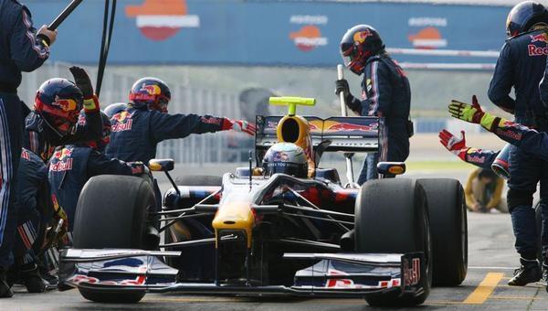 Vettel cree que habrá sorpresas en Australia
