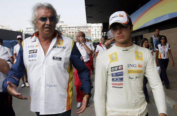 """Briatore critica abiertamente a Piquet: """"No ganaría el campeonato ni con Ferrari"""""""