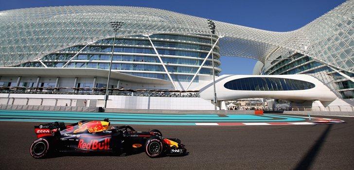Ricciardo rueda en Abu Dabi