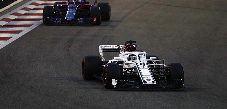 Ericsson deja la F1 con mal sabor de boca tras abandonar