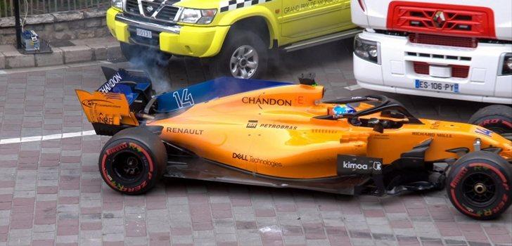 Alonso se retira en Mónaco