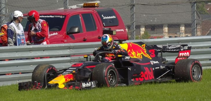 Ricciardo abandona en el Red Bull Ring