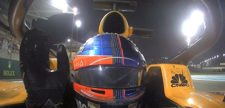 Alonso se despide de los aficionados