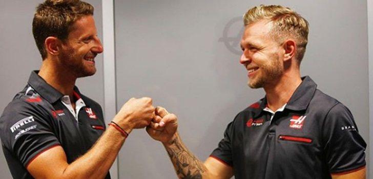 Grosjean y Magnussen se saludan