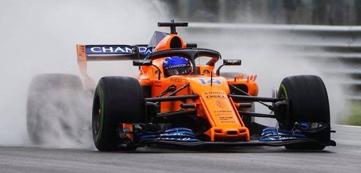 Alonso rueda sobre mojado con el MCL33