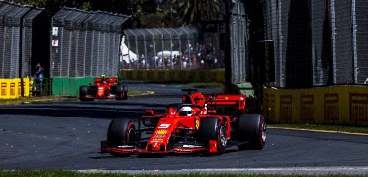 Los Ferrari ruedan en los libres de Australia