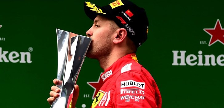 Vettel celebra el podio en China