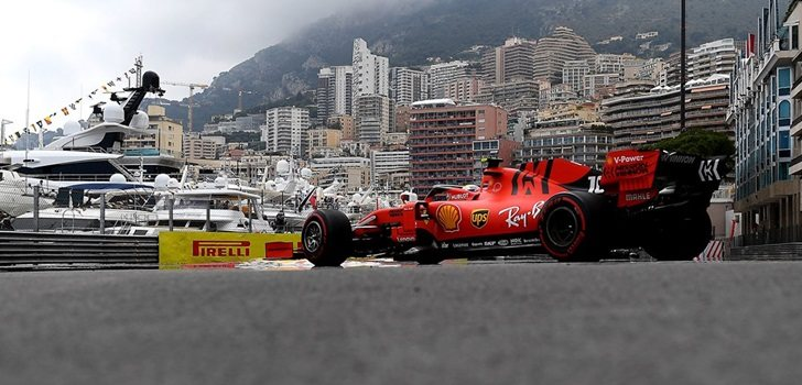 Leclerc, en el box de Mónaco