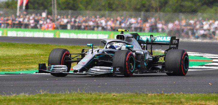 Valtteri Bottas finaliza primero en los Libres 2 en Silverstone