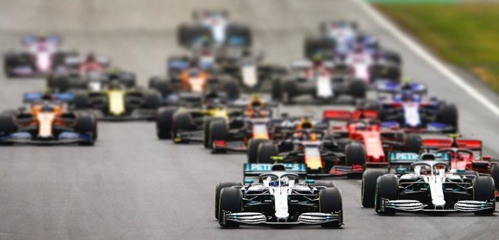 Bottas, durante la salida del GP de Gran Bretaña